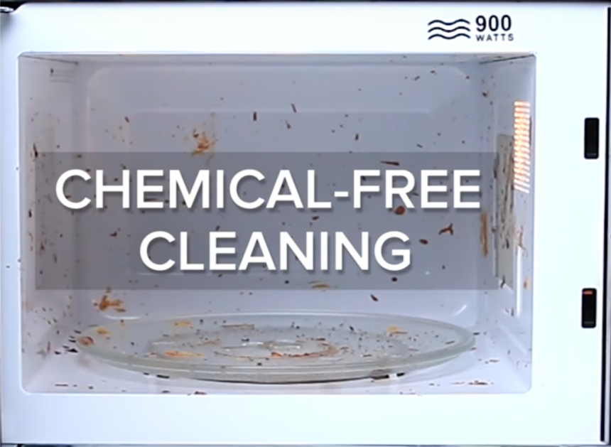 Chemical-free way to clean your microwave in 3 simple steps